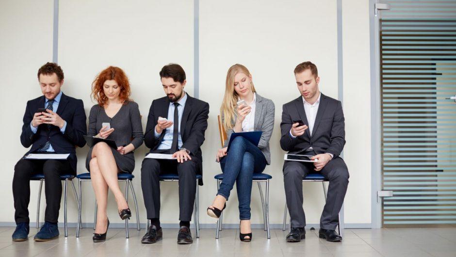Studiu: Diminuarea timpului petrecut pe telefon poate crește durata de viață