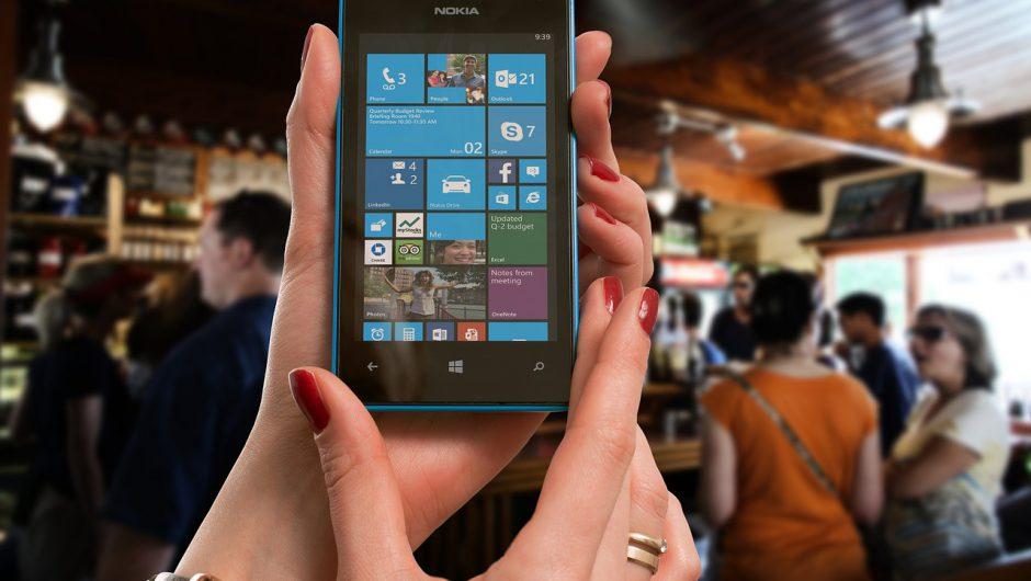 Google investește 230 milioane USD pentru a readuce la viață telefoanele mobile Nokia