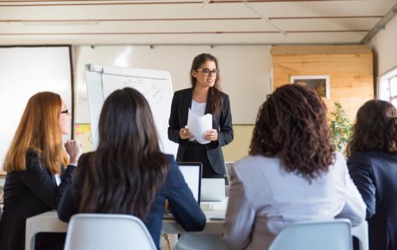 Studiu: Femeile antreprenor ar putea fi motorul care alimentează revirimentul economic după pandemie